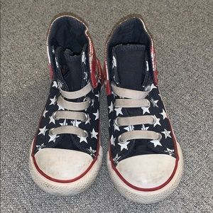 Gently Used Converse Flag Print w/ Velcro Closure